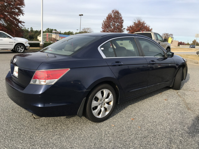 Pre-Owned 2010 Honda Accord Sdn EX